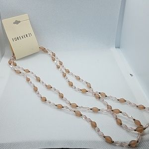 NWT Forever 21 Light Pink Beaded Necklace